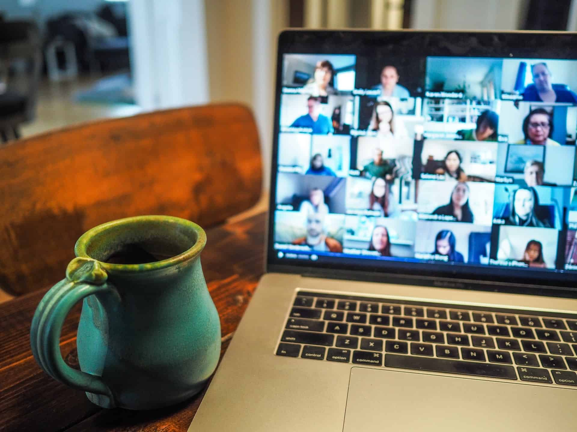 How To Tell If Your Laptop Webcam is Hacked