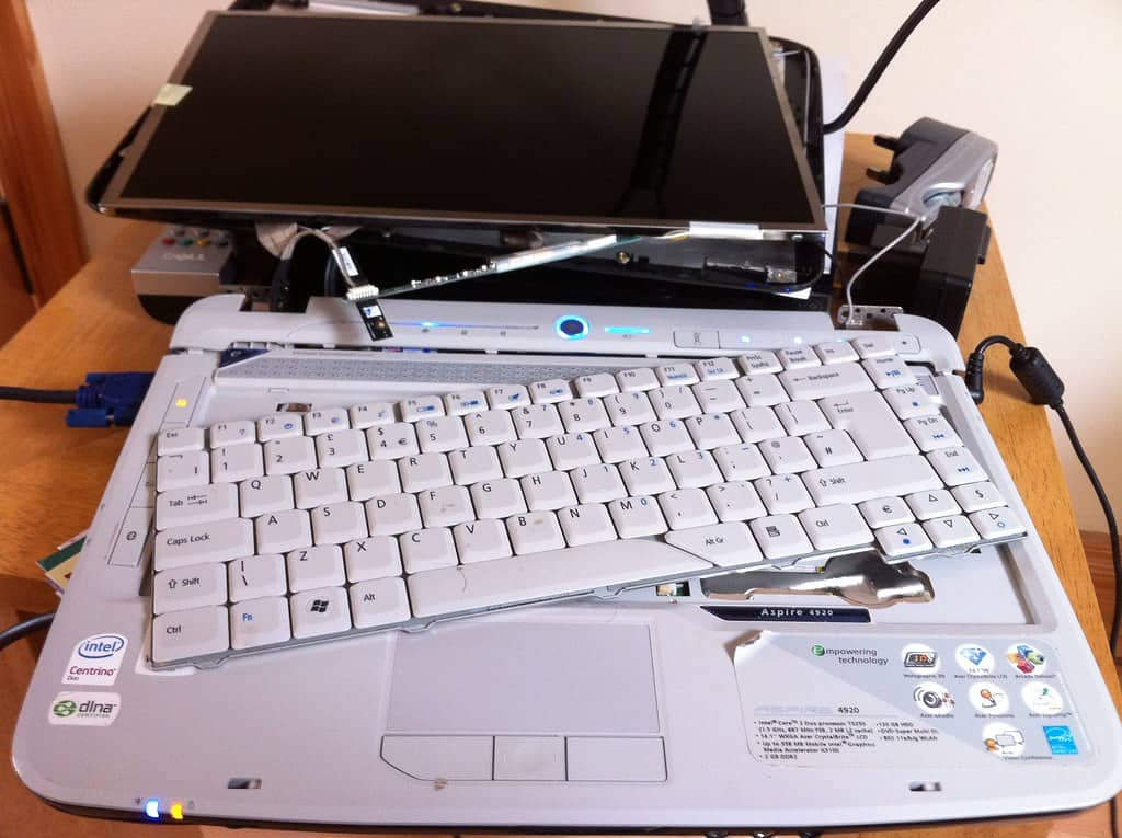 How to Troubleshoot a Laptop Keyboard
